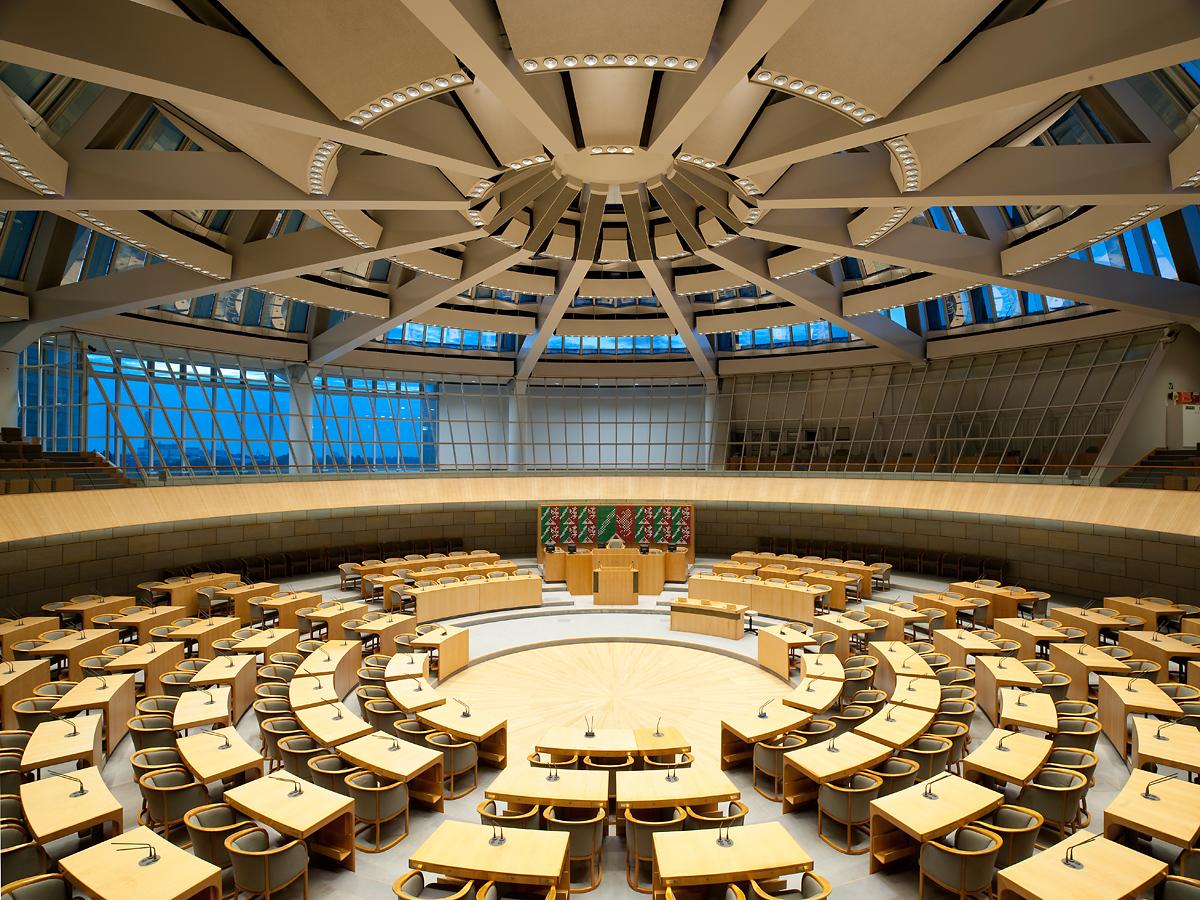 Plenarsaal_NRW_Panorama_2